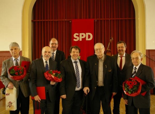 Karl-Heinz Kunz, Dankwart Bergemann, Stefan Körzell, Hanno Benz, Peter C. Bernet, Michael Siebel und Günter Pitthan