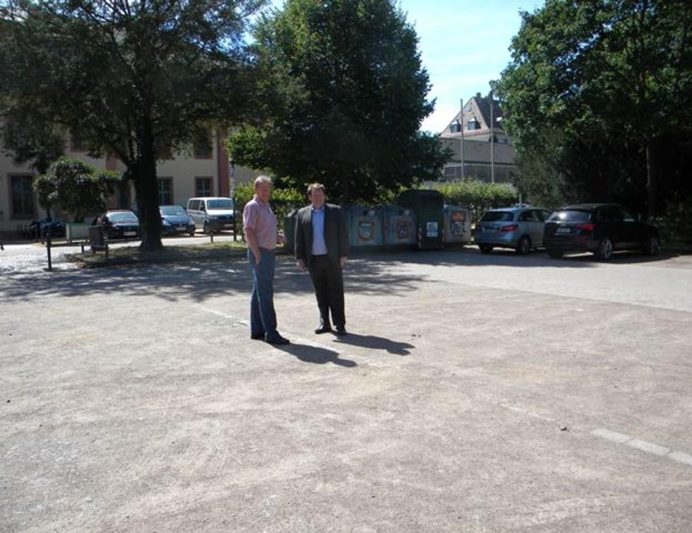 Parkplatz Orangerie Bessungen / Ralf Hellriegel und Hanno Benz