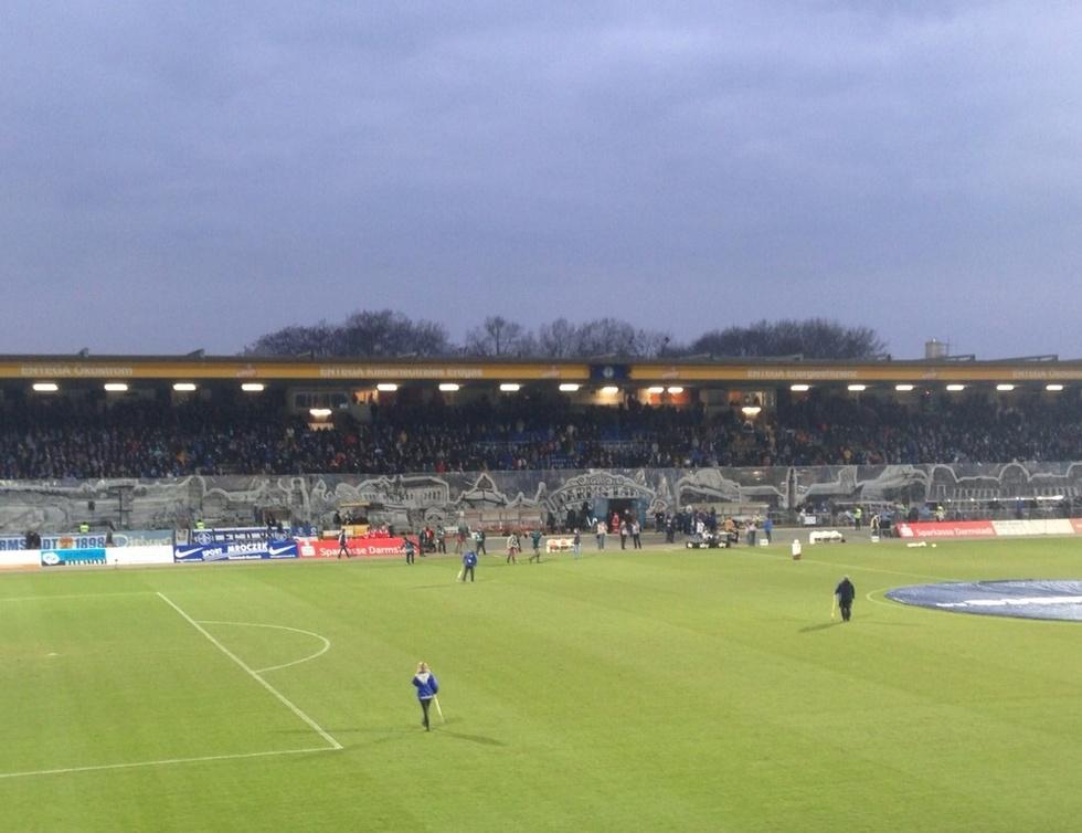 Merck Stadion am Böllenfalltor